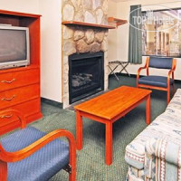 Фото отеля Econo Lodge Inn & Suites at the Convention Center 1*