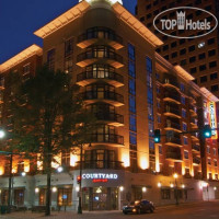 Фото отеля Courtyard Memphis Downtown 3*