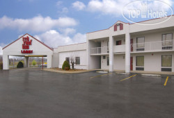 Red Roof Inn Clarksville 2*