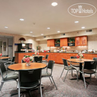 Фото отеля Microtel Inn & Suites by Wyndham Ames 2*