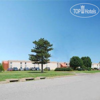Фото отеля Quality Inn South Wichita 2*