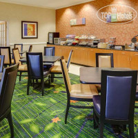 Фото отеля Fairfield Inn Manhattan 3*