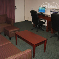 Фото отеля La Quinta Inn & Suites Wichita 3*