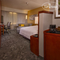 Фото отеля Courtyard by Marriott Kansas City Overland Park/Metcalf, South of College Boulevard 3*