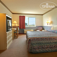 Фото отеля Days Inn Kansas City International Airport 2*