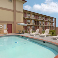Фото отеля Days Inn & Suites Springfield on Interstate 44 2*