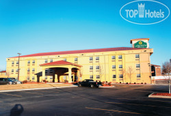 La Quinta Inn & Suites Blue Springs 2*