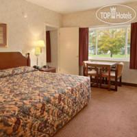 Фото отеля Ramada Paintsville Hotel and Conference Center 3*