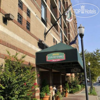Фото отеля Courtyard by Marriott Louisville Downtown 3*