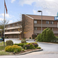 Фото отеля Days Inn Hurstbourne 2*