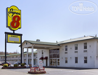 Super 8 Little Rock/North/Airport 2*