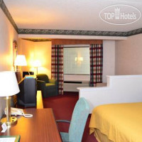 Фото отеля Eureka Holiday Hotel (ex.Quality Inn & Suites) 3*