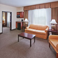 ���� ����� Holiday Inn Express Hotel & Suites Woodward Hwy 270 2*