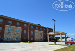 Red River Inn & Suites 2*