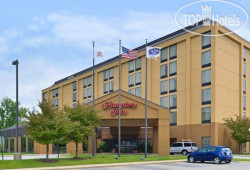 Hampton Inn Chicago-Carol Stream 2*
