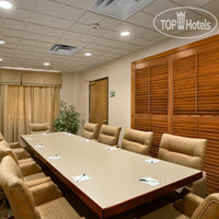 Фото отеля Wingate by Wyndham Arlington Heights 2*