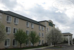 Baymont Inn And Suites Dekalb 2*