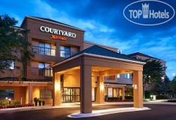 Courtyard Chicago Elgin/West Dundee 3*