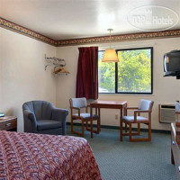 Фото отеля Fairbridge Inn Express Windsor Oaks 2*
