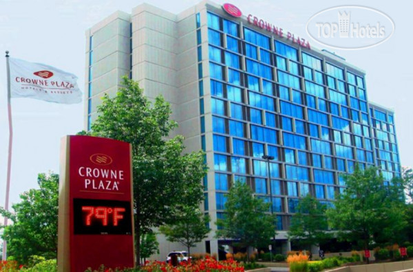 Crowne Plaza Chicago O'Hare 3*