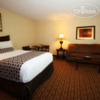 Фото отеля Crowne Plaza Chicago-Northbrook 4*