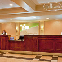 Фото отеля Holiday Inn Chicago Nw Crystal Lk Conv Ctr 3*