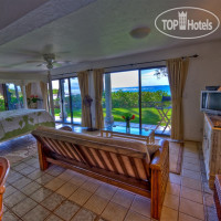 Фото отеля Blue Tile Beach House 3*