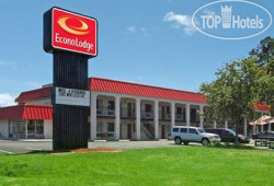 Econo Lodge Ft. Eustis 2*