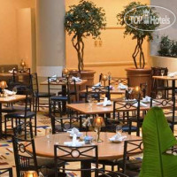 Фото отеля Embassy Suites Crystal City - National Airport 3*