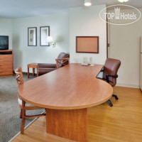 Фото отеля Candlewood Suites Richmond-South 2*