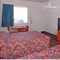 Фото отеля Econo Lodge Near Chippenham Hospital 2*