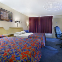 Фото отеля Red Roof Inn & Suites Wytheville 2*