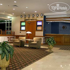 Отель DoubleTree by Hilton Richmond Airport