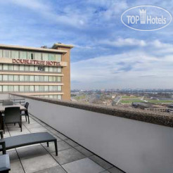 Вид из номера DoubleTree by Hilton Washington DC-Crystal City