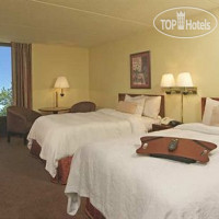 Фото отеля Hampton Inn Norfolk-Naval Base 3*