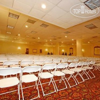 Фото отеля Comfort Inn Conference Center Midtown 2*