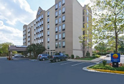 Comfort Inn Pentagon City 3*