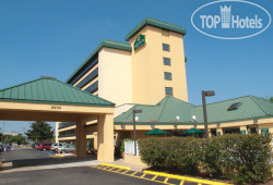 La Quinta Inn & Suites Virginia Beach 3*