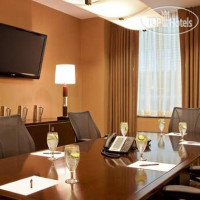 Фото отеля DoubleTree by Hilton New York City Financial District 4*