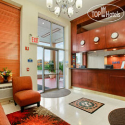 Рестораны и бары Days Inn Jamaica-JFK Airport