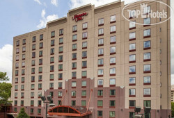 Hampton Inn New York-LaGuardia Airport 3*