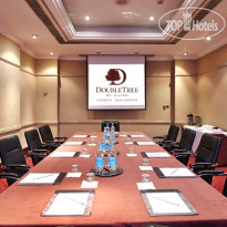Фото отеля DoubleTree by Hilton Hotel London - Kensington 4*