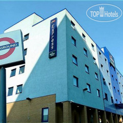 Holiday Inn Express London-Park Royal 3*