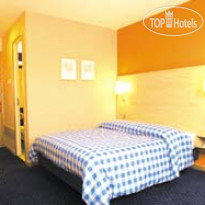 Фото отеля Travelodge London Kew Bridge 2*