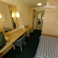 Фото отеля Travelodge London Kings Cross Royal Scot 3*