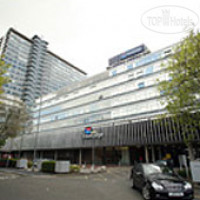 Фото отеля Travelodge Chessington Tolworth 2*