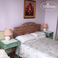 Фото отеля St Bernards Guest House 3*