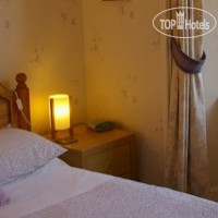 Фото отеля Ness Bank Guest House 3*