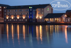 Holiday Inn Express Cardiff Bay 3*