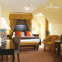 Фото отеля Macdonald Frimley Hall Hotel & Spa 4*